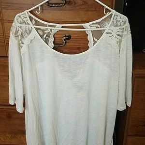 Torrid White shirt with lace shoulders and back